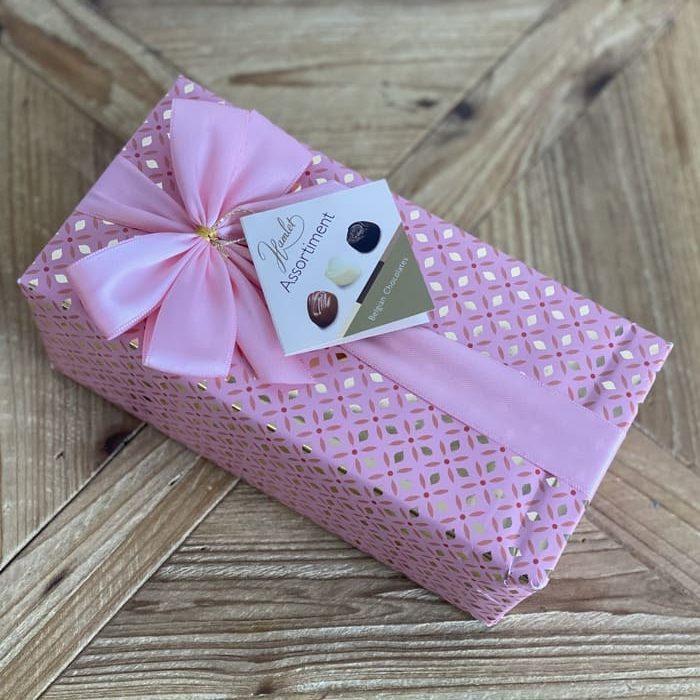 Caja rosa de bombones para regalar