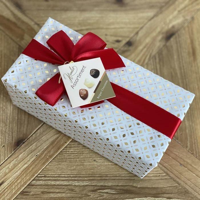 Caja regalo blanca de bombones