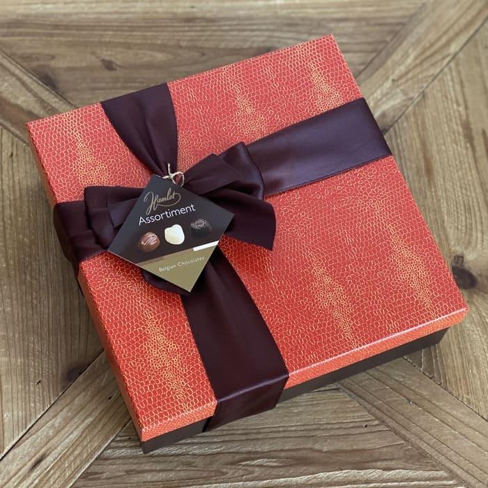 Caja Roja De Chocolates